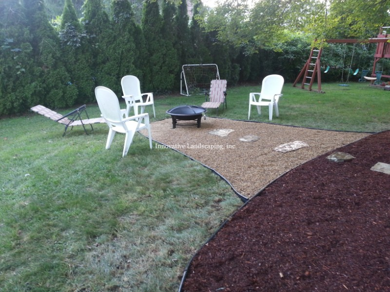 MULCH BEDS